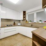 Priestranná kuchynská linka na mieru v rodinnom dome - Malacky